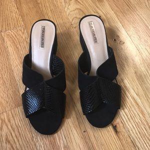 NWOT TAHARI Block Heels